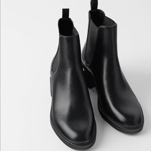 ZARA LOW HEELED ANKLE BOOTS NWT